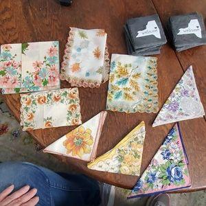 Lot of 8 Vintages Handkerchief